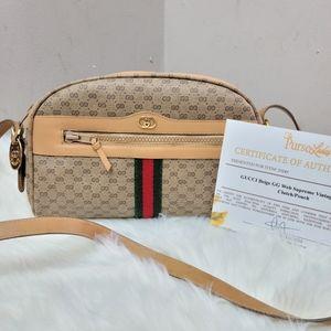 100% authentic Gucci GG Supreme tan crossbody